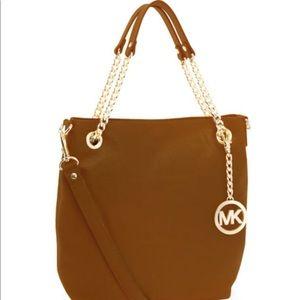 Michael Kors Medium Jet Set Chain Should Tote Bag